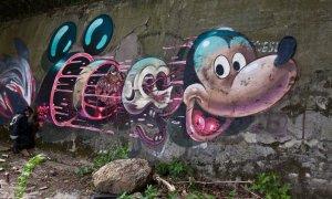 Weird Mickey II 5